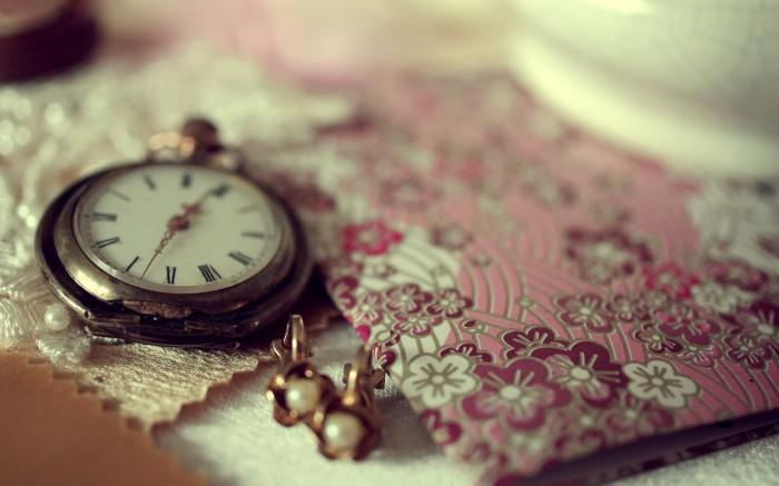 nostalgia_watch-wide